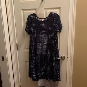 Dresses & Skirts - LuLaRoe Carly Medium Navy and white like new